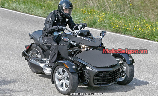 081414-2015-can-am-spyder-second-generation-spy-f.jpg