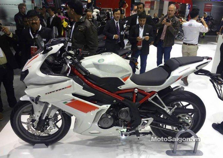 Benelli-Tornado-302-moto-saigon-1.jpg
