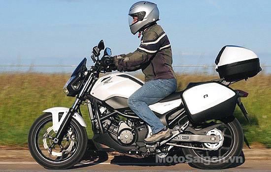 Review-2014-Honda-NC-750-S-DCT-09.jpg