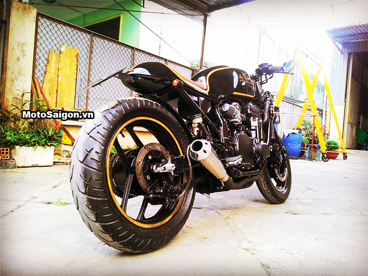 Ngắm Kawasaki GPX750 độ phong cách Cafe Racer cực đẹp 4
