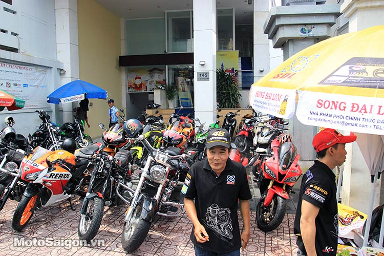 dau-nhot-express-canter-moto-saigon-10.jpg
