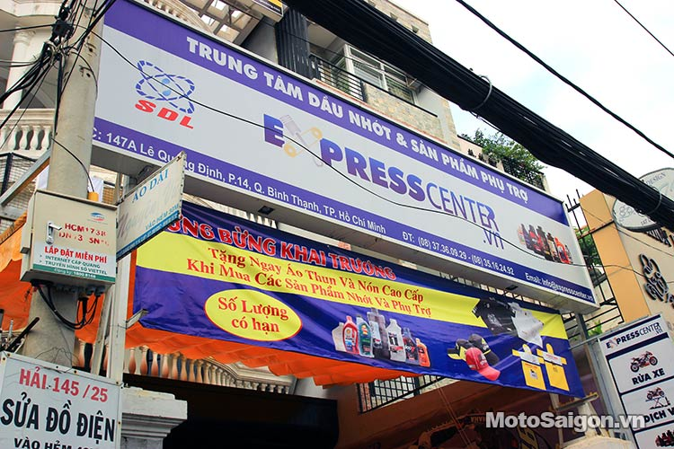 dau-nhot-express-canter-moto-saigon-22.jpg