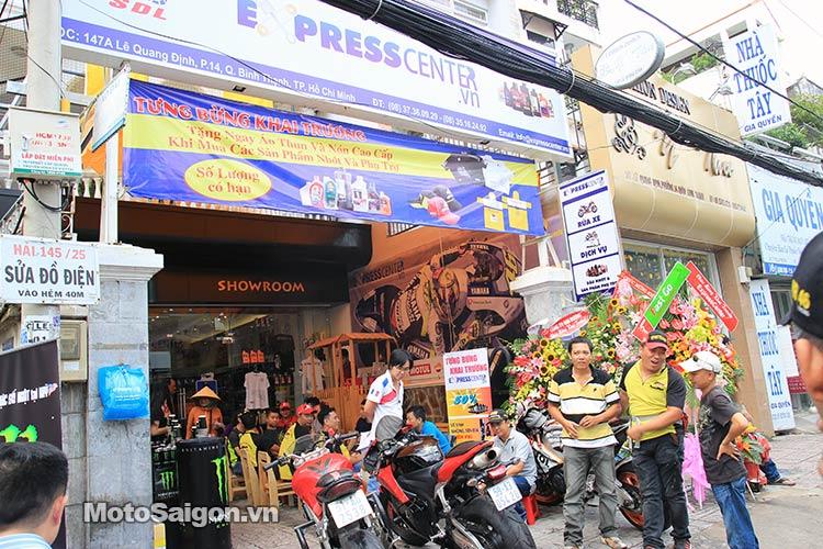 dau-nhot-express-canter-moto-saigon-3.jpg