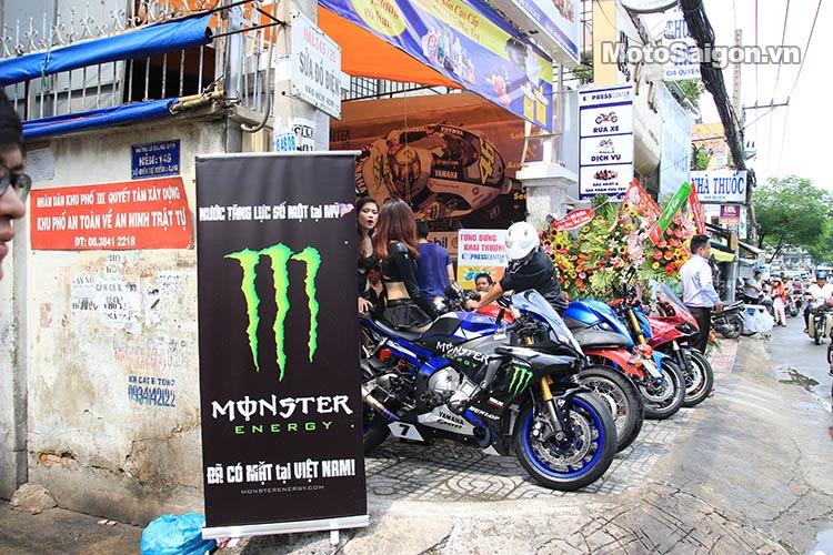 dau-nhot-express-canter-moto-saigon-9.jpg