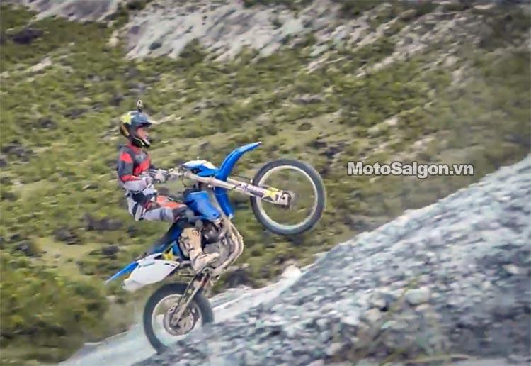 dua-xe-cao-cao-motorcross-leo-doc-da-trang-thung-khe-motosaigon-7.jpg