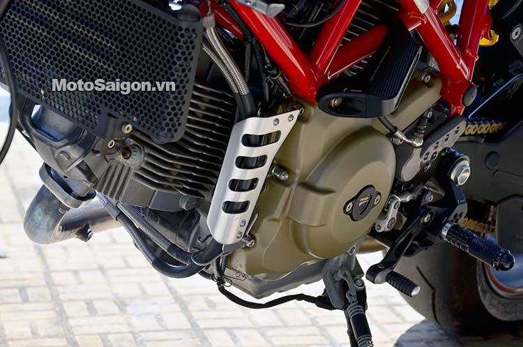 ducati-hypermotard-nhieu-do-choi-motosaigon-1.jpg