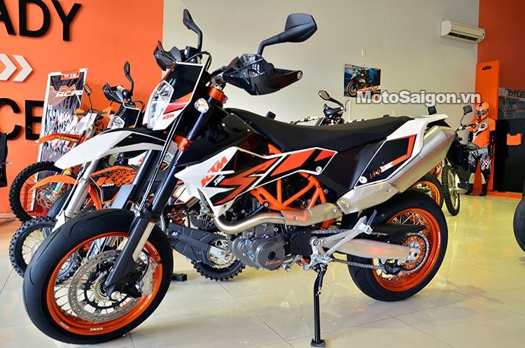 ktm-690-smc-motosaigon-1.jpg