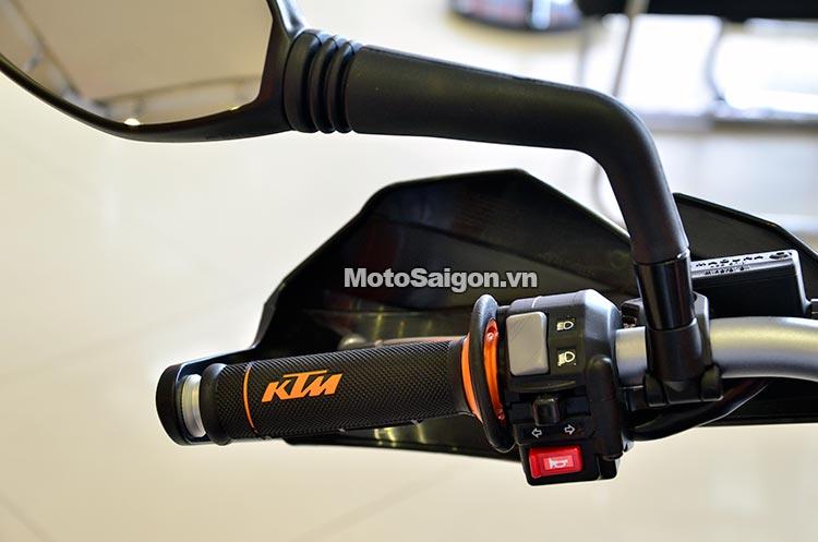 ktm-690-smc-motosaigon-11.jpg