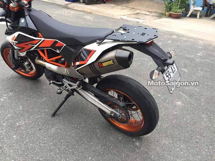ktm-690-smc-r-moto-saigon-11.jpg