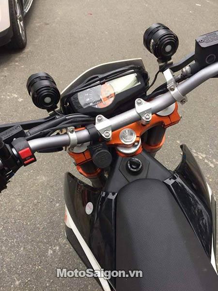 ktm-690-smc-r-moto-saigon-7.jpg