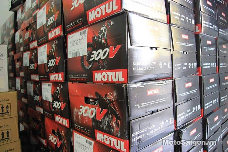 nhot-motul-300v-phap-moto-saigon-6.jpg