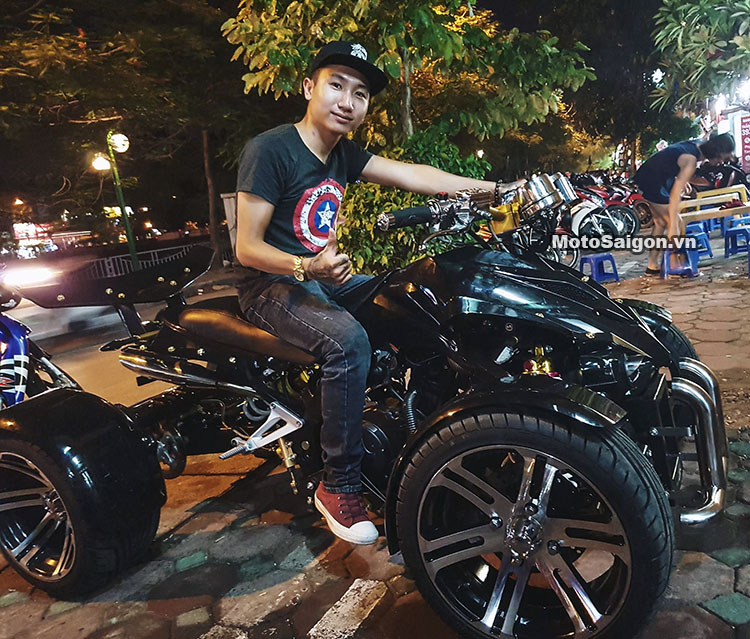 Moto 4 bánh