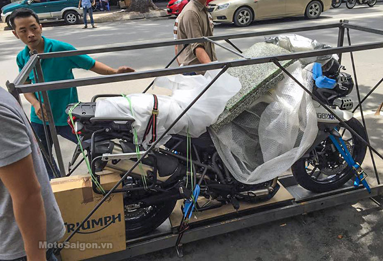 triumph-tiger-xrt-2016-motosaigon-3