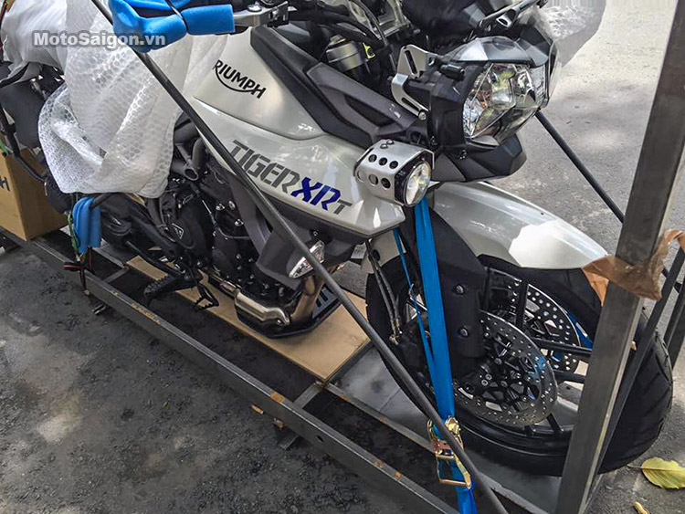 triumph-tiger-xrt-2016-motosaigon-4