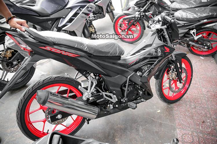 gia-sonic-150-mau-den-2017-motosaigon-20