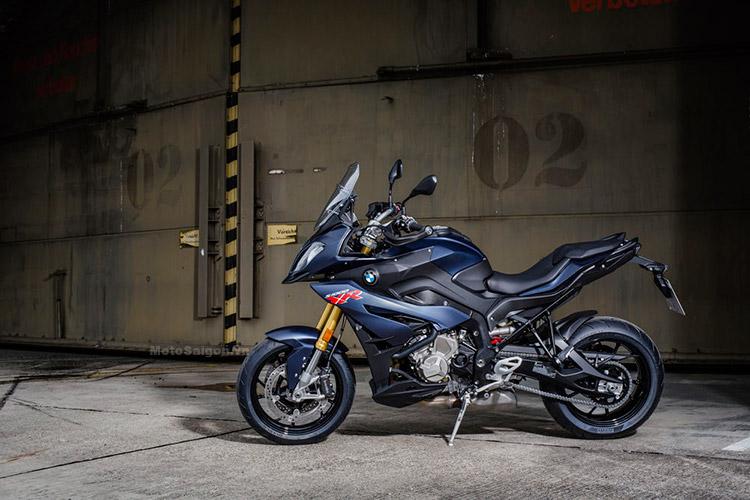 gia-bmw-s1000xr-2017-motosaigon-1