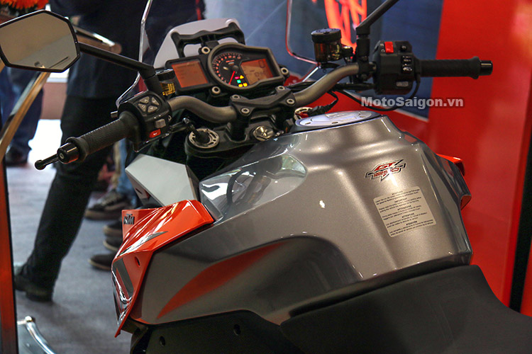 gia-ktm-1290-super-duke-gt-motosaigon-1