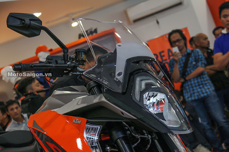 gia-ktm-1290-super-duke-gt-motosaigon-18
