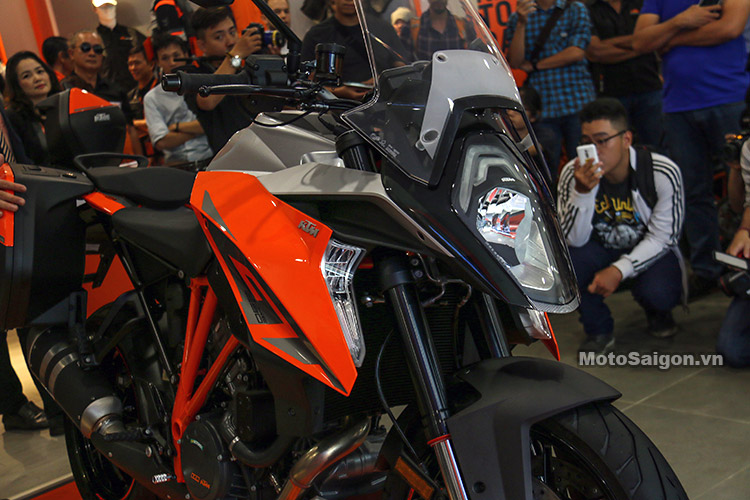 gia-ktm-1290-super-duke-gt-motosaigon-20