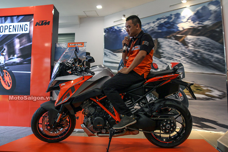 gia-ktm-1290-super-duke-gt-motosaigon-24