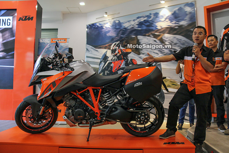 gia-ktm-1290-super-duke-gt-motosaigon-28