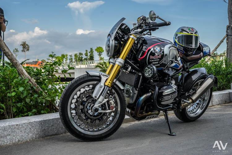 bmw-rninet-redbul-do-choi-khung-motosaigon-15