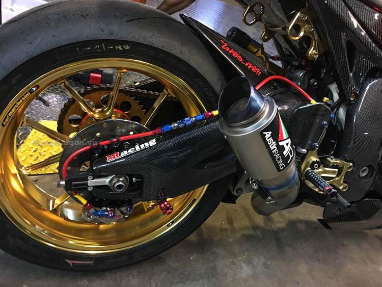 cbr1000-chrome-motosaigon-5