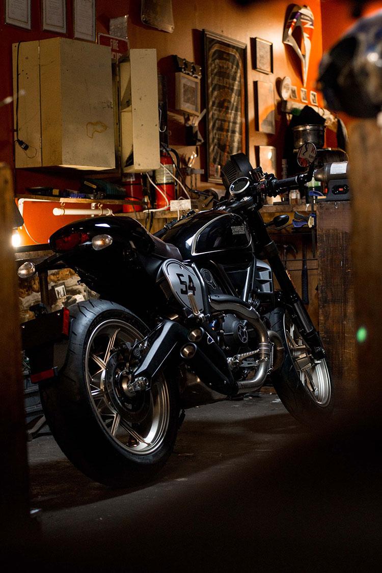 gia-scrambler-cafe-racer-motosaigon-2