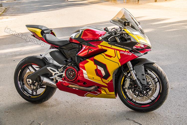959-panigale-ducati-nu-biker-iron-man-motosaigon-10