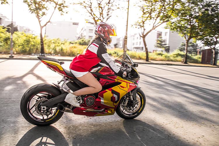959-panigale-ducati-nu-biker-iron-man-motosaigon-2