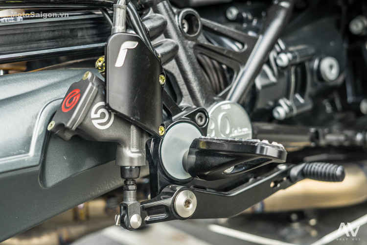 bmw-rninet-do-dep-danh-gia-xe-motosaigon-12