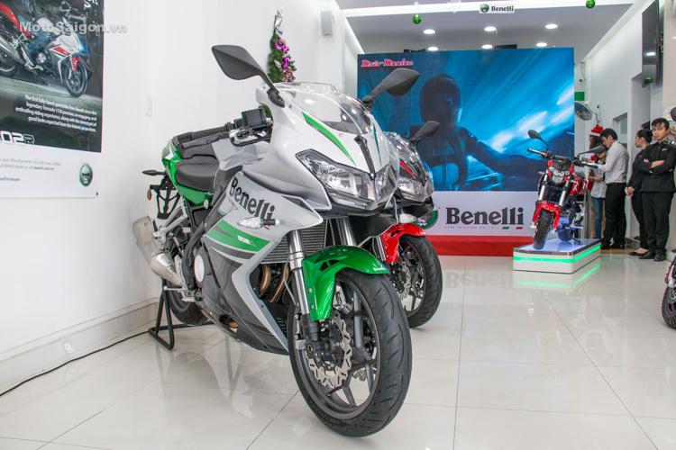 danh-gia-xe-benelli-302r-tnt125-thong-so-motosaigon-1