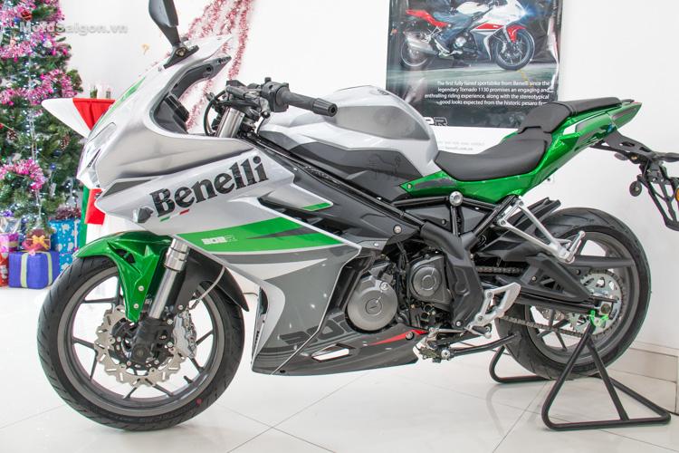danh-gia-xe-benelli-302r-tnt125-thong-so-motosaigon-26