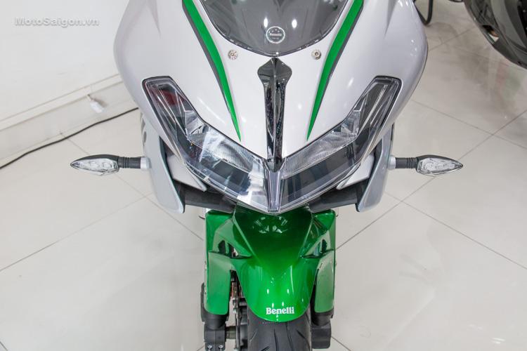 danh-gia-xe-benelli-302r-tnt125-thong-so-motosaigon-28
