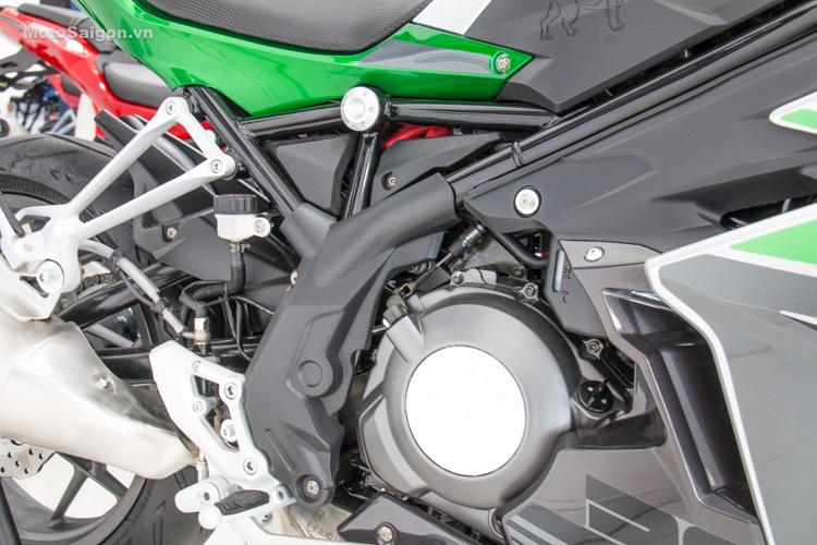 danh-gia-xe-benelli-302r-tnt125-thong-so-motosaigon-30