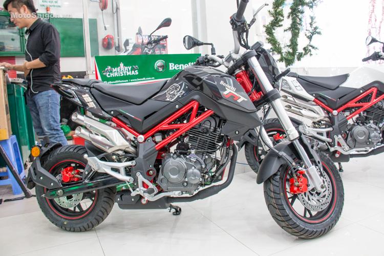 danh-gia-xe-benelli-302r-tnt125-thong-so-motosaigon-49