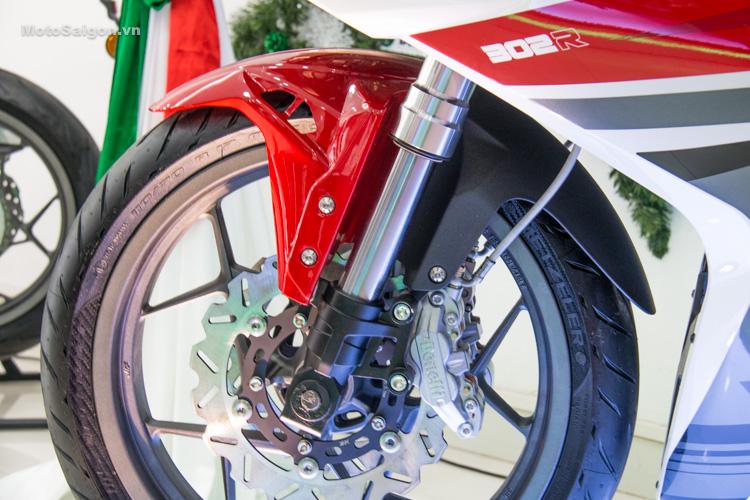 danh-gia-xe-benelli-302r-tnt125-thong-so-motosaigon-6