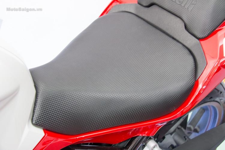 danh-gia-xe-benelli-302r-tnt125-thong-so-motosaigon-9