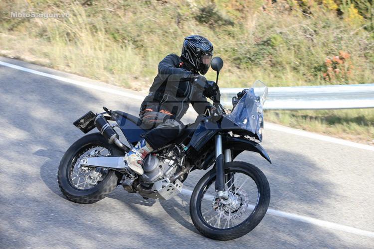 danh-gia-xe-ktm-390-adventure-2017-motosaigon-5