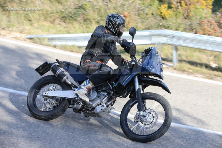 danh-gia-xe-ktm-390-adventure-2017-motosaigon-6