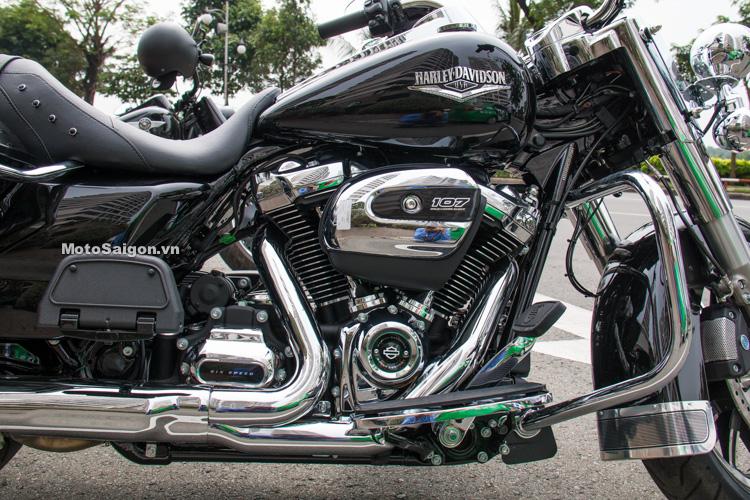 danh-gia-xe-harley-road-king-dong-co-milwaukee-eight-107-motosaigon-10