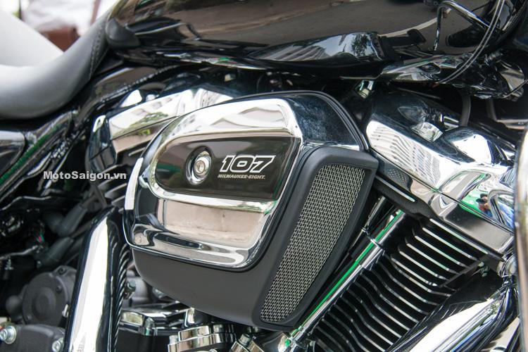 danh-gia-xe-harley-road-king-dong-co-milwaukee-eight-107-motosaigon-22