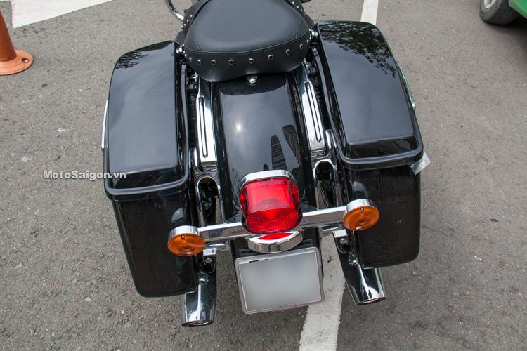 danh-gia-xe-harley-road-king-dong-co-milwaukee-eight-107-motosaigon-8