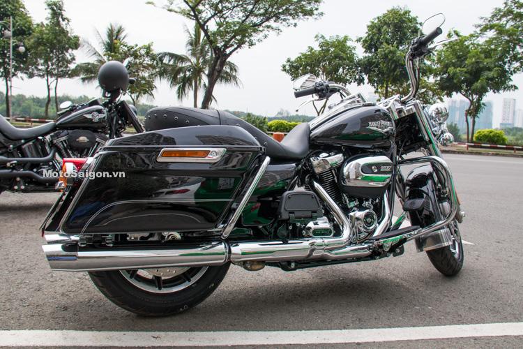 danh-gia-xe-harley-road-king-dong-co-milwaukee-eight-107-motosaigon-9