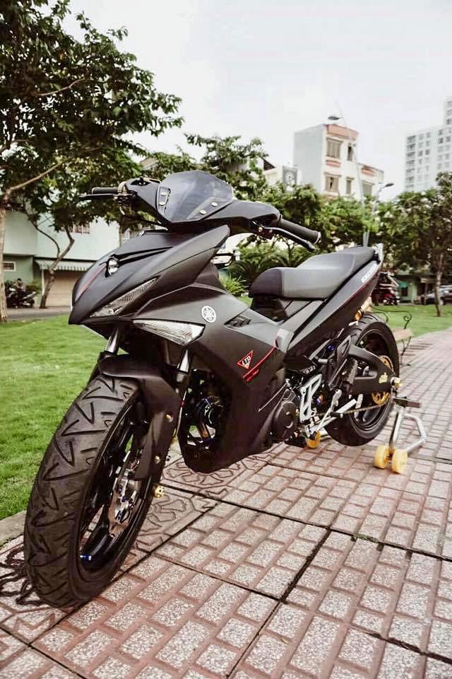 exciter-150-do-len-dau-nvx-155-motosaigon-4