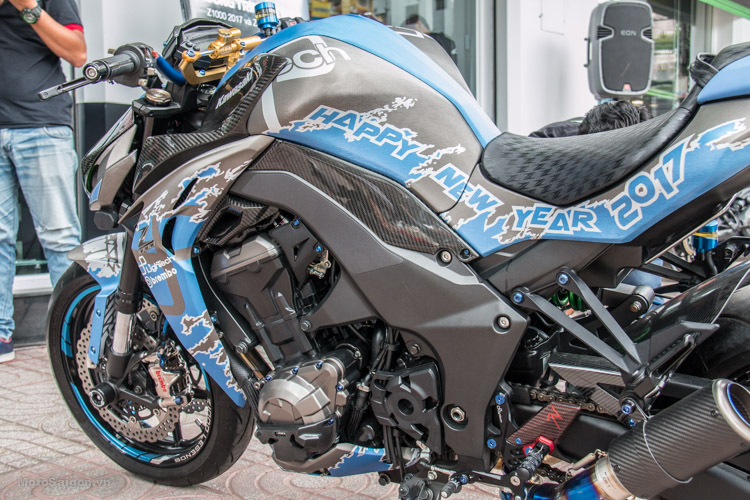 z1000-xanh-nhom-xuoc-do-choi-khung-motosaigon-12