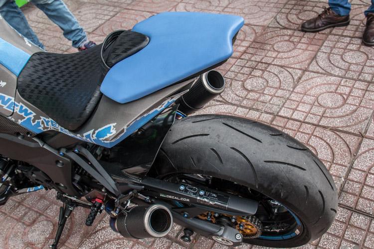 z1000-xanh-nhom-xuoc-do-choi-khung-motosaigon-17