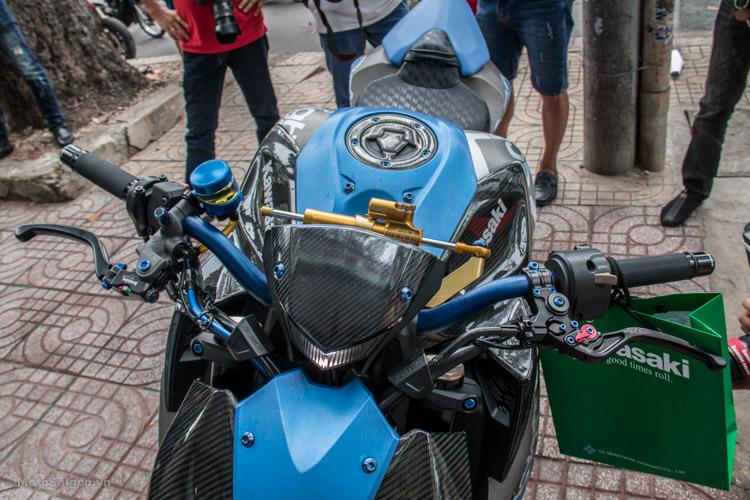 z1000-xanh-nhom-xuoc-do-choi-khung-motosaigon-19