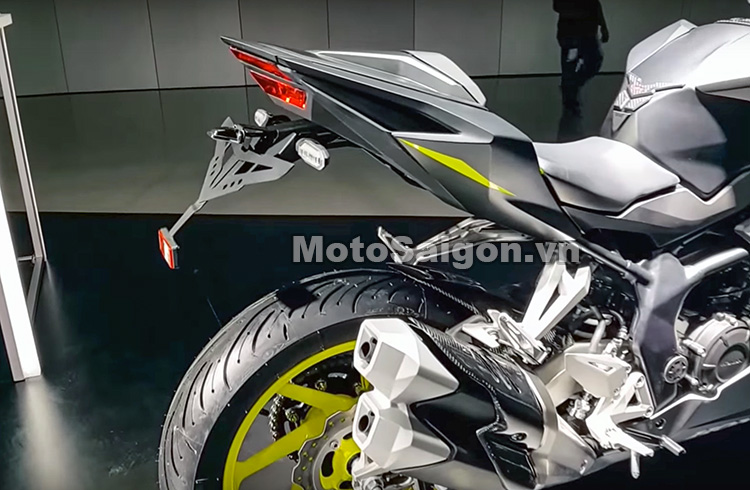 cbr250-2017-do-choi-phu-kien-danh-gia-thong-so-motosaigon-15