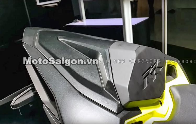 cbr250-2017-do-choi-phu-kien-danh-gia-thong-so-motosaigon-18